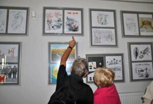 satyra rysunek prasowy wystawy konkurs wystawa Olsztyn satyryczny rysownicy